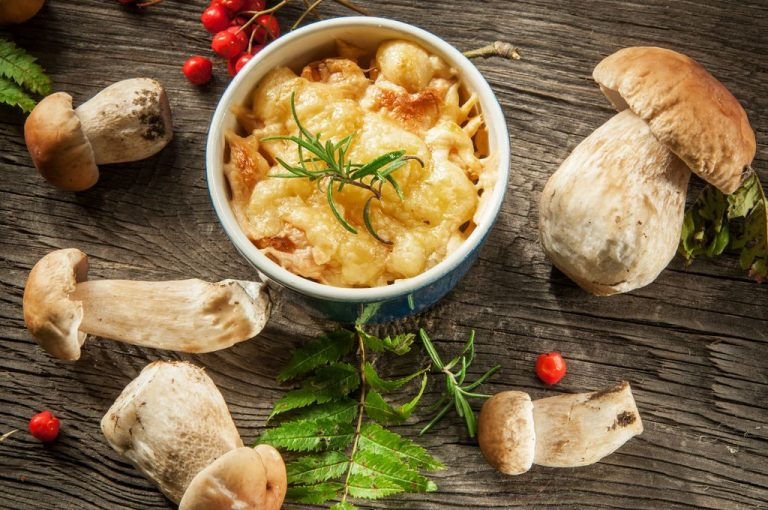 жульен с грибами и курицей рецепт