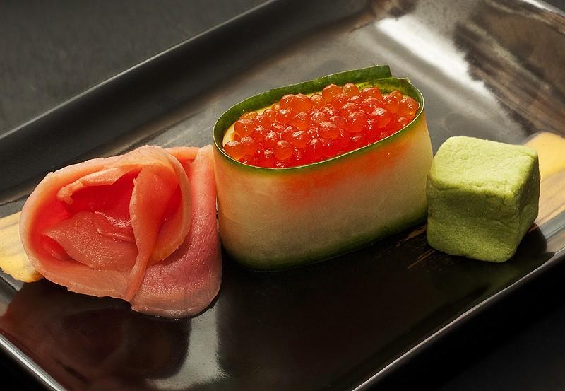 суши в огурце фото